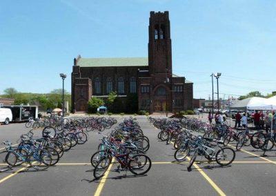 sarahjanechurch-gfj-dream-center-annual-bike-giveaway